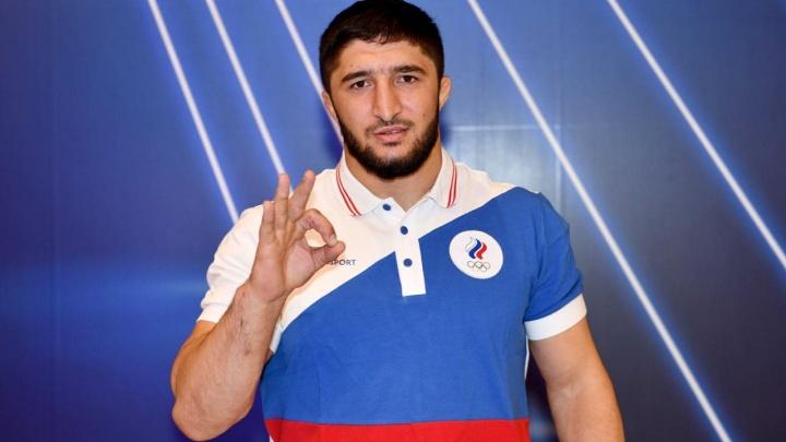 Борец Абдулрашид Садулаев завоевал 19-е золото для России в Токио
