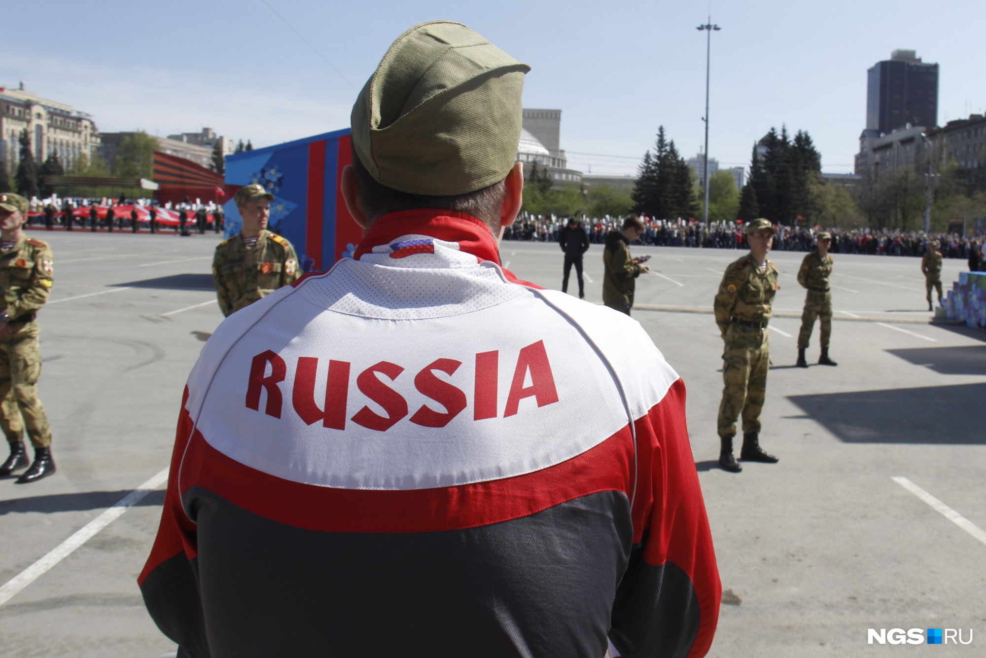 Российское Можем повторить  это ужасно: жесткая колонка о том, как Великую Победу превратили в шоу