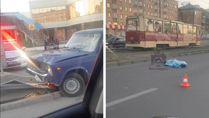 На Красноярском рабочем водитель сбил пешехода и сбежал