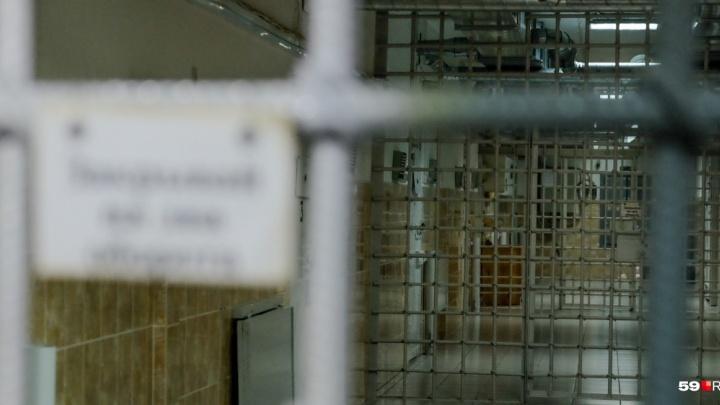 Житель Нытвы потребовал за пытки в отделе полиции более миллиона рублей