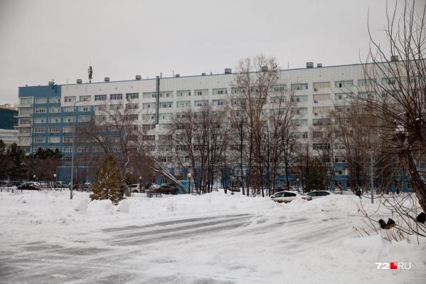 Ребенка оставили в больнице из-за травмы живота