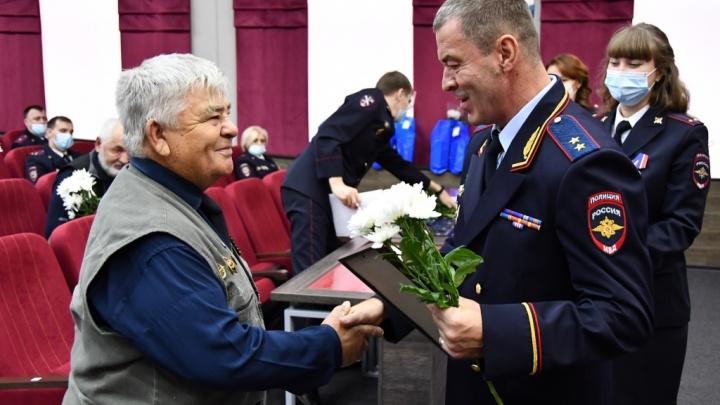 В Кемерове наградили лучших оперативников уголовного розыска
