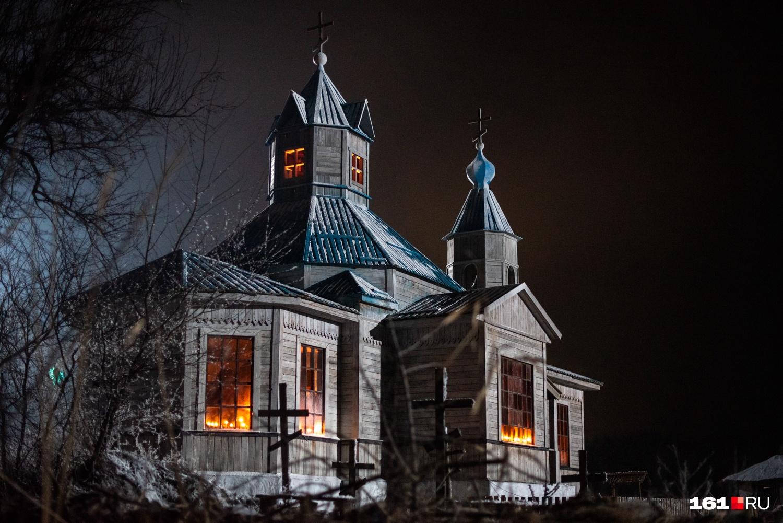 Здание церкви стало мозговым центром съемок