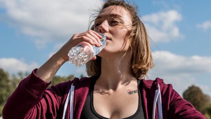 Источник жизни, созданный природой: в Вельске 23 года добывают чистую минеральную воду, которую обожают северяне