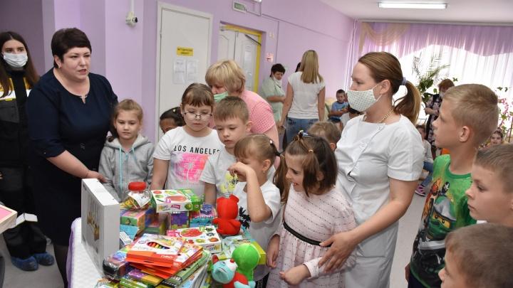 Праздник в подарок: сотрудники Сызранского НПЗ провели благотворительную акцию к 1 июня