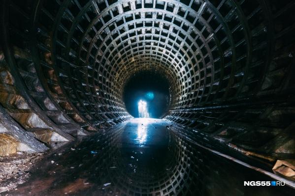 Из метро срочно нужно откачать 93 тысячи кубометров воды