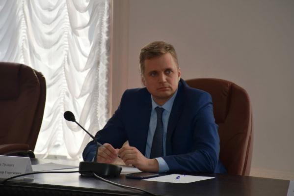 Вопросы к чиновникам Троицка у следователей возникли не первый раз, и к Александру Виноградову силовики тоже приходили