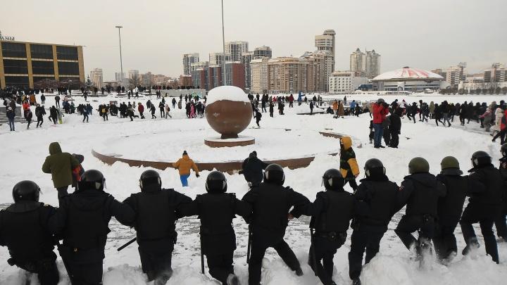 Почему люди вышли на митинг? Подборка мнений с акции протеста в Екатеринбурге