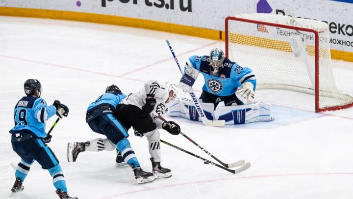 Победа в овертайме: «Сибирь» обыграла «Трактор» в домашнем матче
