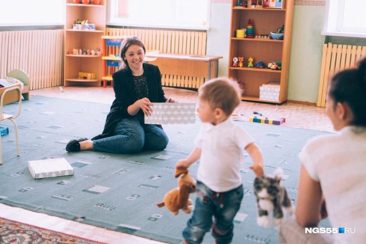 Случай Егора в плане реабилитации близок к каноничному — и в будущих успехах малыша уже никто не сомневается