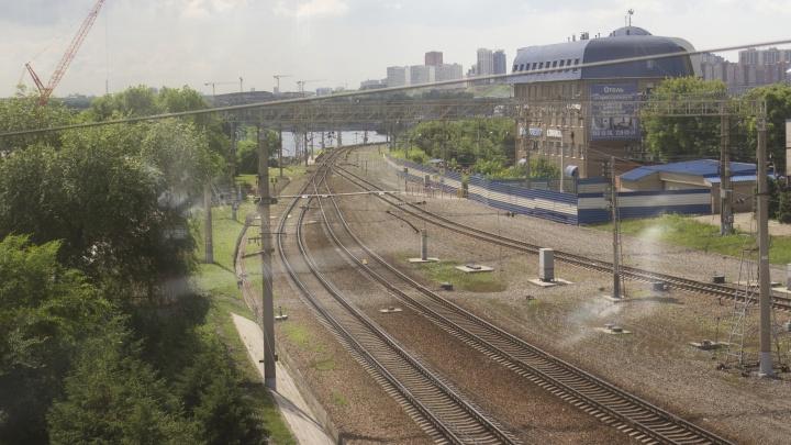 10 фото с опасной железной дороги, где нельзя ходить: что говорят в РЖД после смерти двух девочек