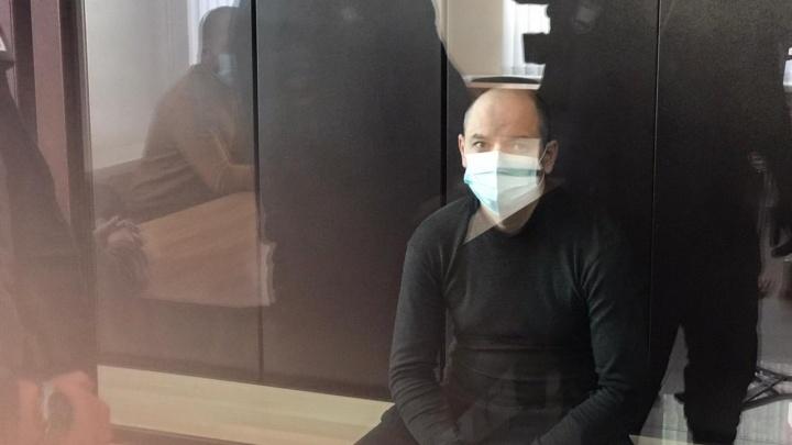 Суд над пьяным водителем «крузака» поДТП наСочинской: Гайнанову дали 13лет колонии общего режима