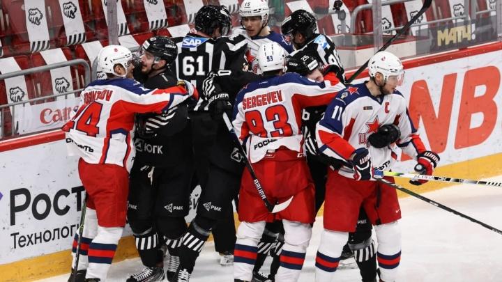 «Трактор» проиграл ЦСКА на домашнем льду