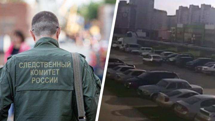 Мужчина выпал из окна на улице Виктора Уса в Новосибирске