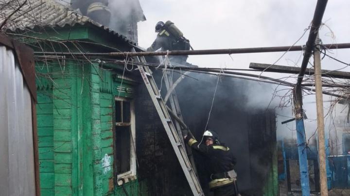 Сумел спастись только муж: под Волгоградом заживо сгорела женщина и подросток