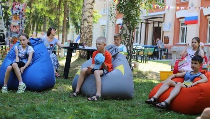 Власти Кузбасса рассказали о работе детских летних лагерей. В них отдохнут больше 100 тысяч ребят