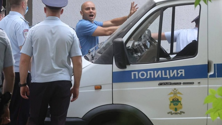 Политика Андрея Пивоварова оставили под стражей в Краснодаре
