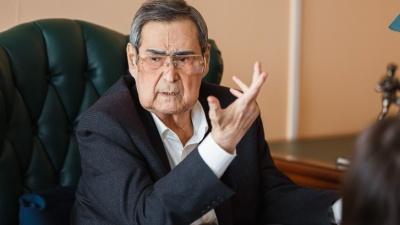 «Нужно с них реально спросить»: Тулеев возмутился ростом цен и призвал повысить налоги для богатых