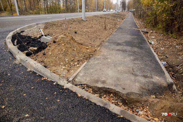По президентской программе в Ярославле с 2018 года ремонтируют дороги. Проблемы возникают постоянно