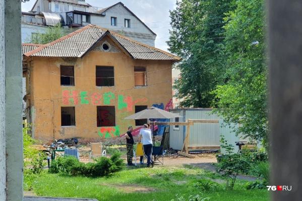 Мэр запретил сносить дом на Чайковского