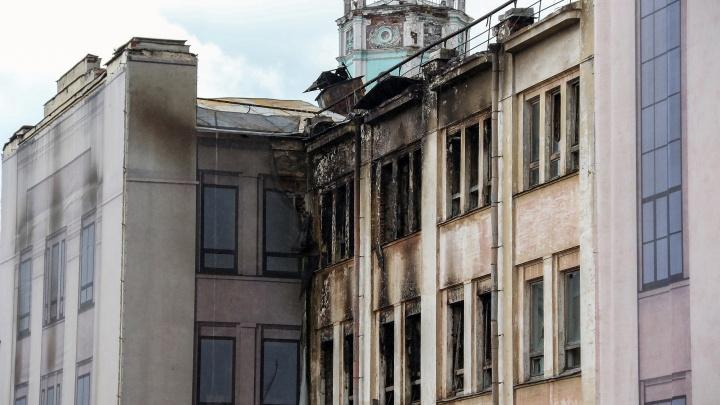 Взгляд изнутри: фоторепортаж из дворца культуры имени Ленина