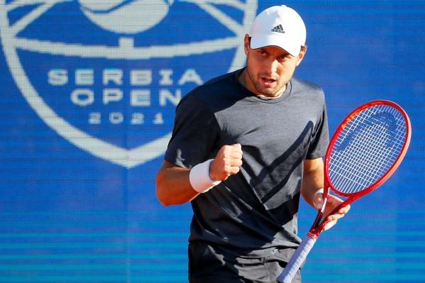 До этого, в марте, Карацев стал победителем теннисного турнира в Дубае
