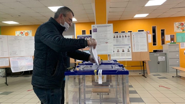 На избирательном участке в ХМАО в урну вбросили ксерокопии бюллетеней