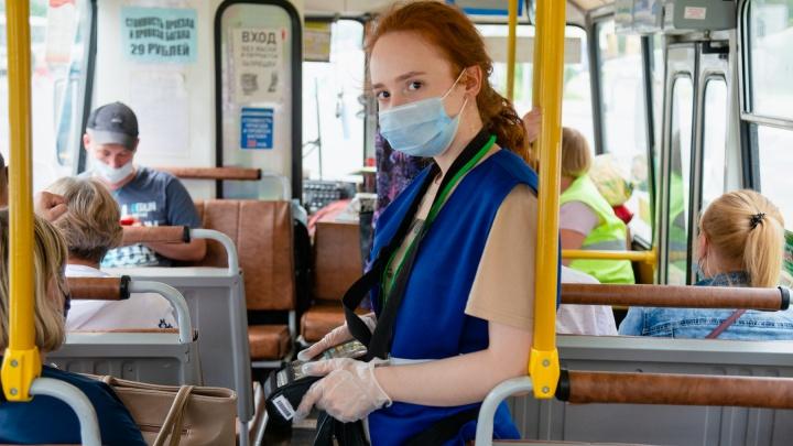 «Сложно оставаться вежливой». Журналист стала кондуктором, чтобы узнать, кого так часто ругают пассажиры