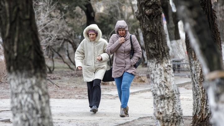 Спасайся, кто может: на Волгоградскую область надвигается первая весенняя гроза