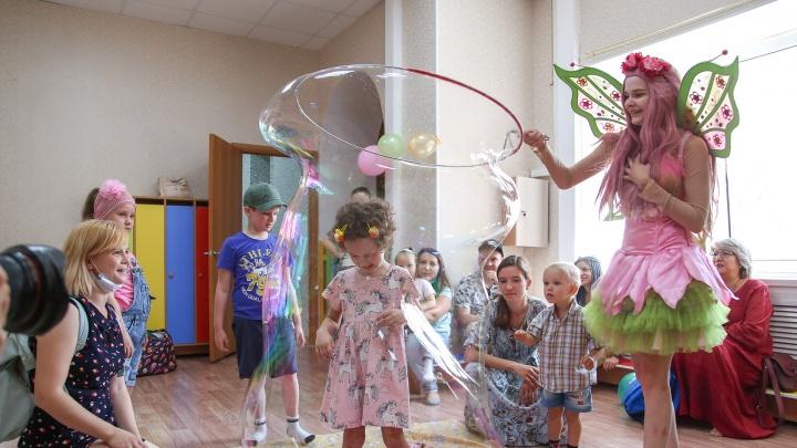 «Воспитатели не трогали его, чтобы не кричал»: в Уфе открыли детский сад для аутистов
