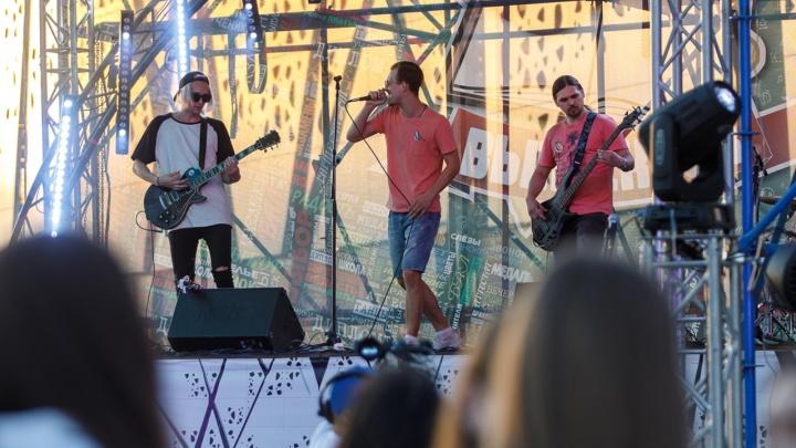 Взрослым — деньги, детям — море: в Волгограде анонсировали первый в истории фестиваль вокалистов