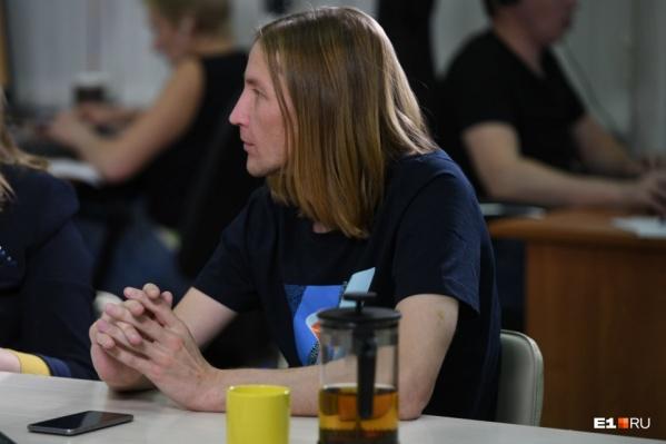По факту смерти Олега Манварова организовали доследственную проверку
