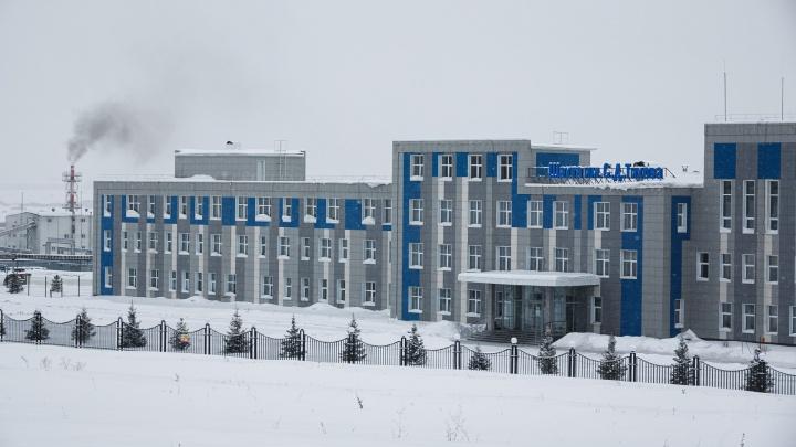«Затянуло в конвейер»: прокуратура и следком начали проверку после смерти рабочего на кузбасской шахте