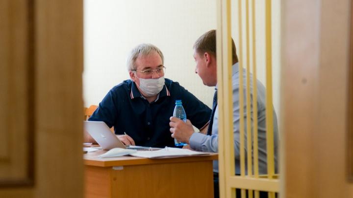 Защите экс-главы УФНС Поморья Сергея Родионова не удалось убрать из дела свидетеля