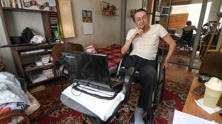 «Никто не будет ломать стены»: журналист вколяске— отом, почему инвалиды не получают удобное жилье