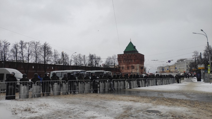 Площадь Минина и Пожарского частично перекрыта из-за митингов
