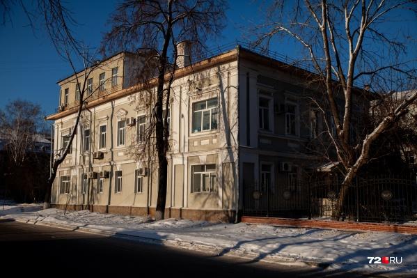 """Здание на Семакова, 10 построили в <nobr class=""""_"""">1853 году</nobr>. Его хотят снести"""