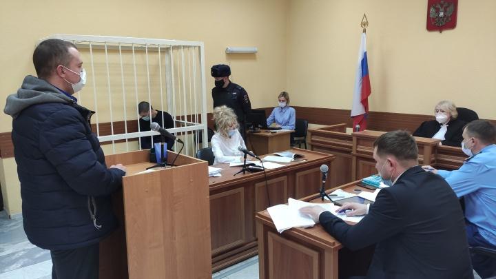 «Услышал крики, подумал— приснилось»: в суде по делу Веры Пехтелевой допросили соседей убийцы