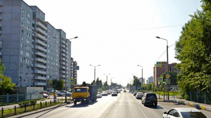 На двух перекрестках Омска запретят повороты налево