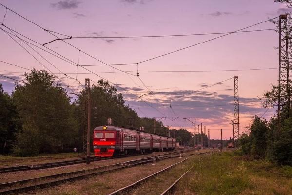 Это первая подобная акция в пригородных поездах в России