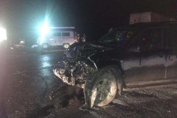 На месте скончалась пассажирка ВАЗа, а его водитель умер в больнице