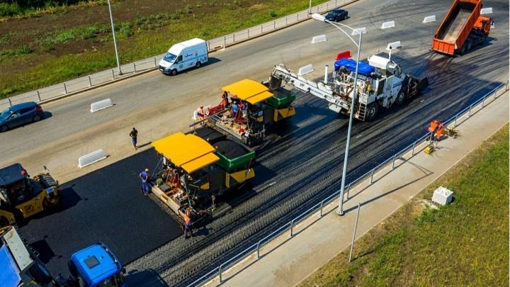 Водители, готовьтесь! На второй очереди Самарского (Фрунзенского) моста начали укладывать асфальт
