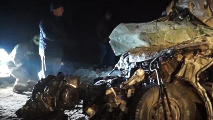 По факту ДТП с 12 погибшими в Самарской области возбудили уголовное дело
