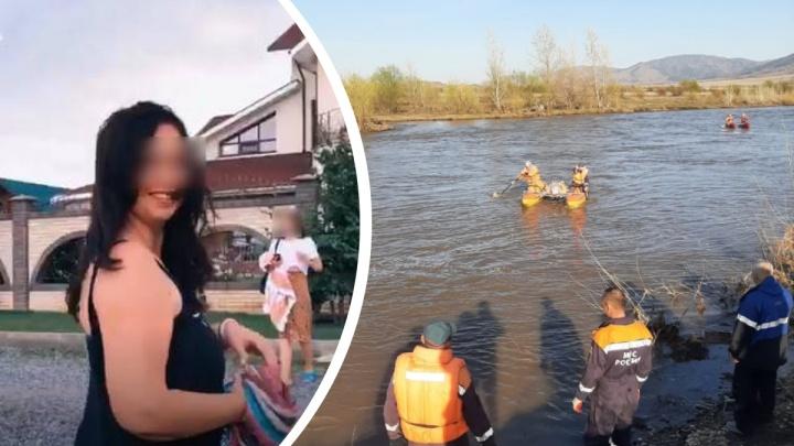 Кроме нее на катамаране было 10человек: что известно о погибшей на Алтае туристке из Новосибирска