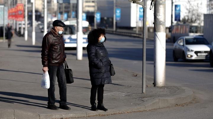 В Волгограде облздрав рассказал, когда могут смягчить коронавирусные ограничения