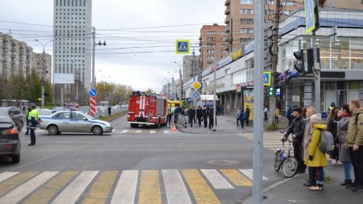 Читатели 29.RU спорят: мнения о приговоре эмчеэсовцу, который насмерть сбил ребенка в Архангельске