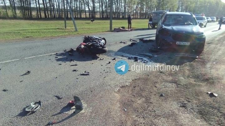 «Только приехал с вахты, купил мотоцикл»: в Башкирии мотоциклист без прав попал в смертельное ДТП