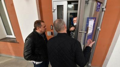 В Екатеринбурге снова открылись офисы лишившегося лицензии банка «Нейва»