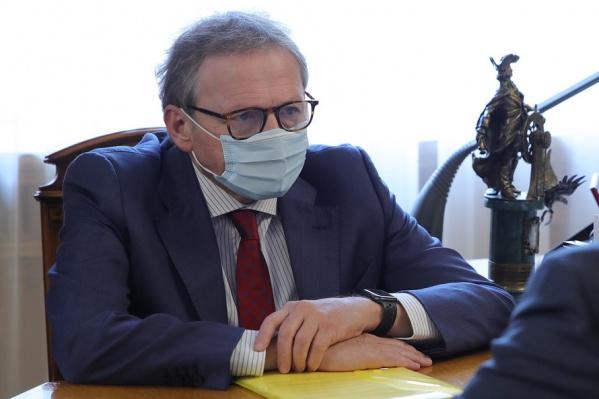 Титов прибыл в Ростов для обсуждения ситуации с аксайскими рынками