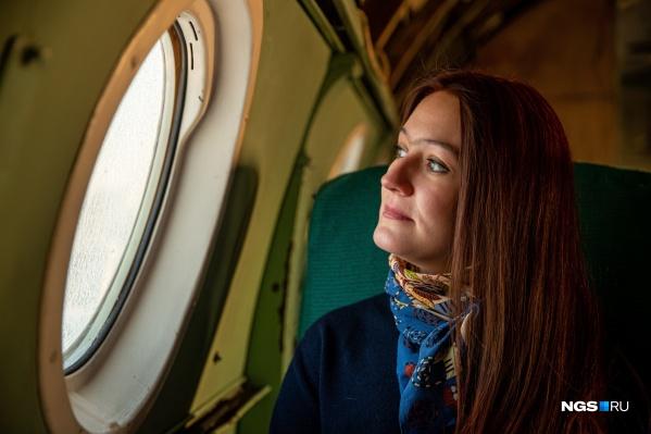 """Мария Карманова восстанавливает самолет <nobr class=""""_"""">Ту-104</nobr> уже больше <nobr class=""""_"""">10 лет</nobr>. И любовь к этому делу не прошла"""